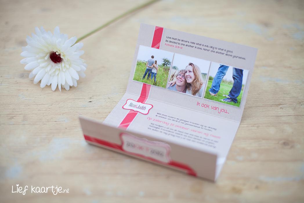Uitvouwbare trouwkaart met stans